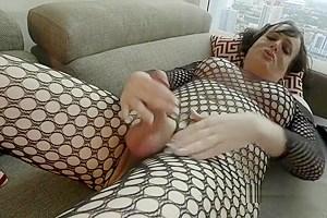 In lingerie cumming solo...