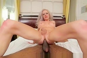 Tranny huge self facial while fucked by bbc...