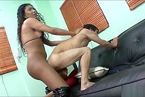 Ladyboy hanna fucked guys anus...
