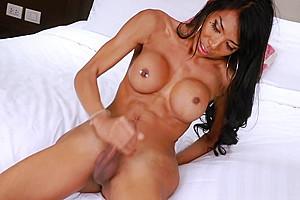 Sexy big boobs to cum...