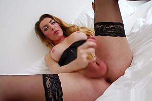 Cums her corset...
