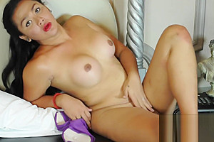 Delicious bulky hands admirable jerk off...
