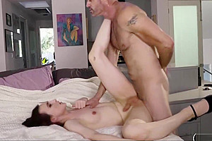 Petite tranny jessica fappit sucks and anal reamed...