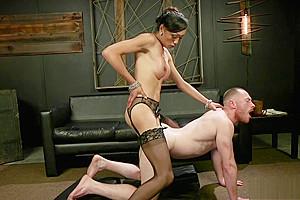 Tranny dominatrix anal bangs guy...