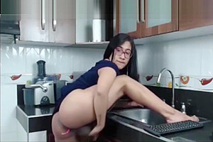 Monstercock jerking in the kitchen...