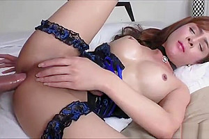 Plam enjoys hardcore anal...
