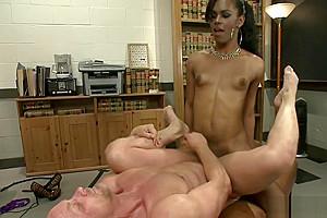 Cock shemal fuck her colleague...